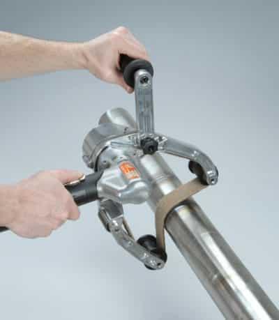 Dynabrade 14360 Pneumatic Pipe Belt Finisher_3